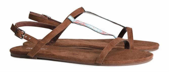 Sandalen van imitatiesuede, bruin - € 9.95