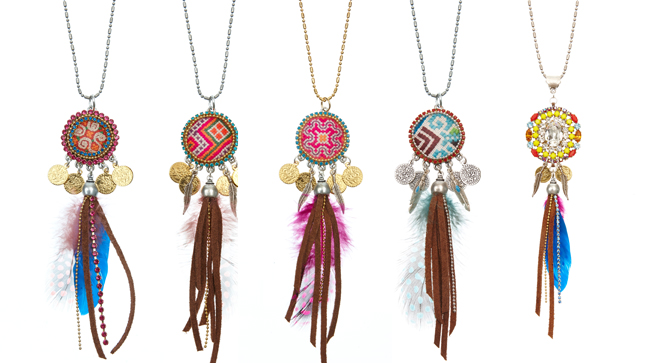 Ooak Jewelz - Flowerchild ketting € 109.95 (rechts: limited edition € 149.95)