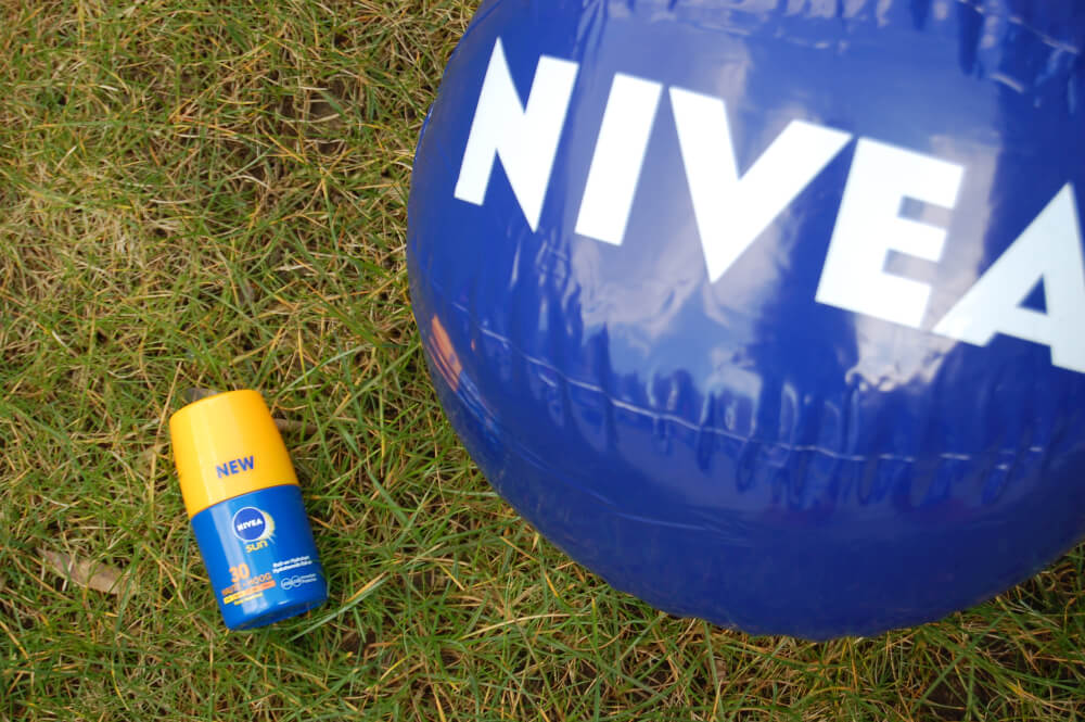 Nivea Sun Protect & Hydrate Roll-on