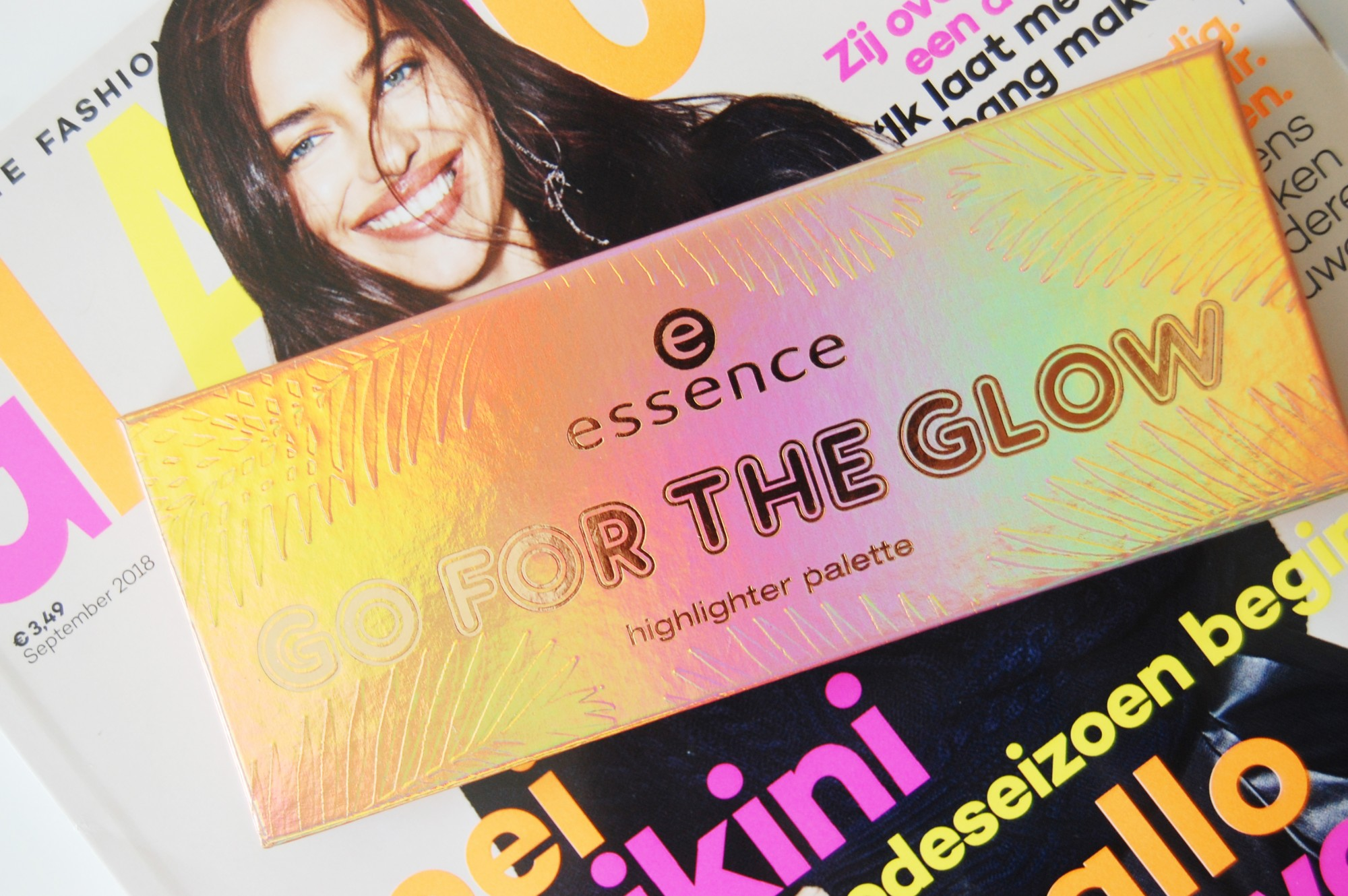 Essence Go For The Glow highlighter