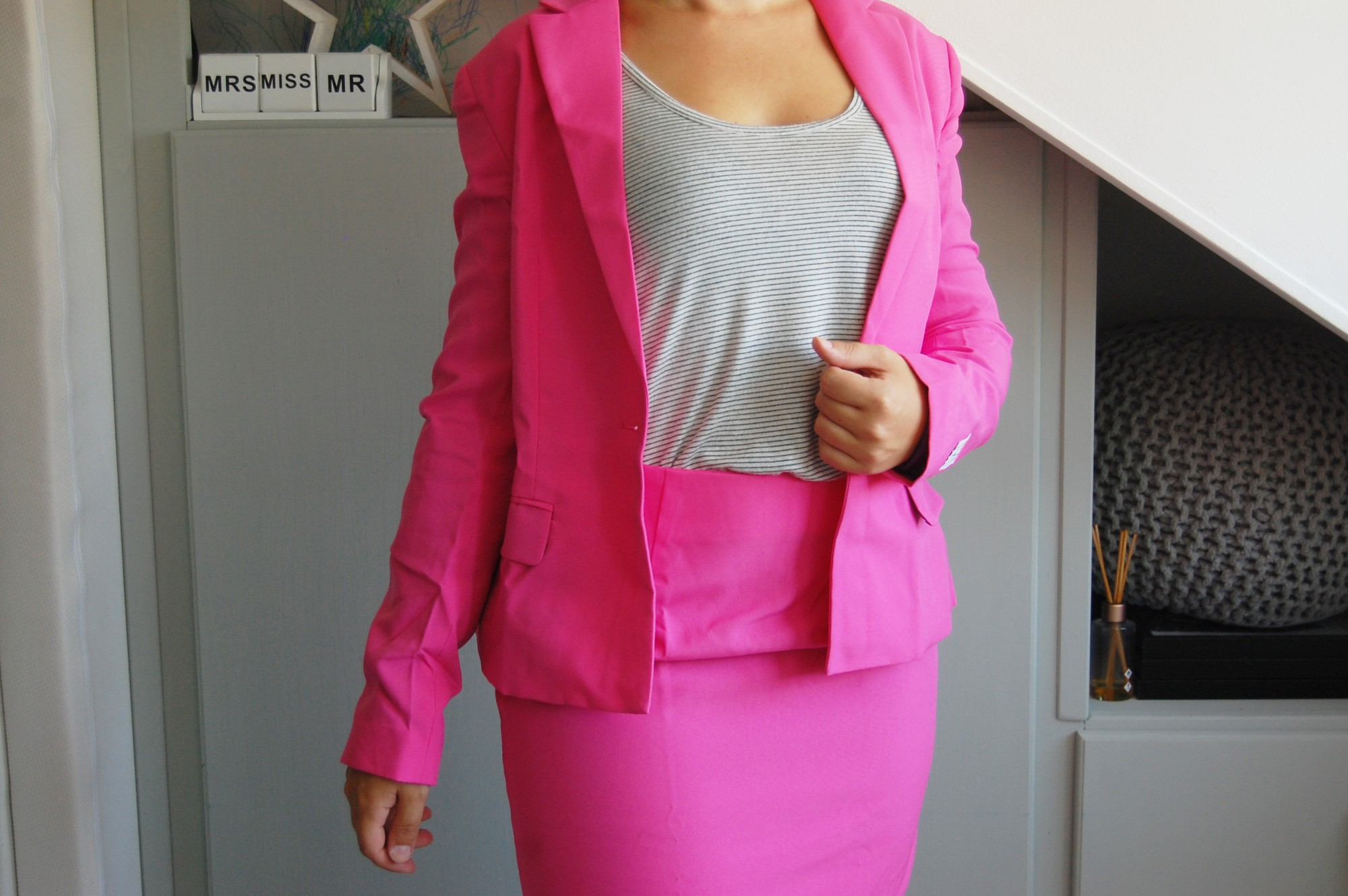 OppoSuits Ms. Pink