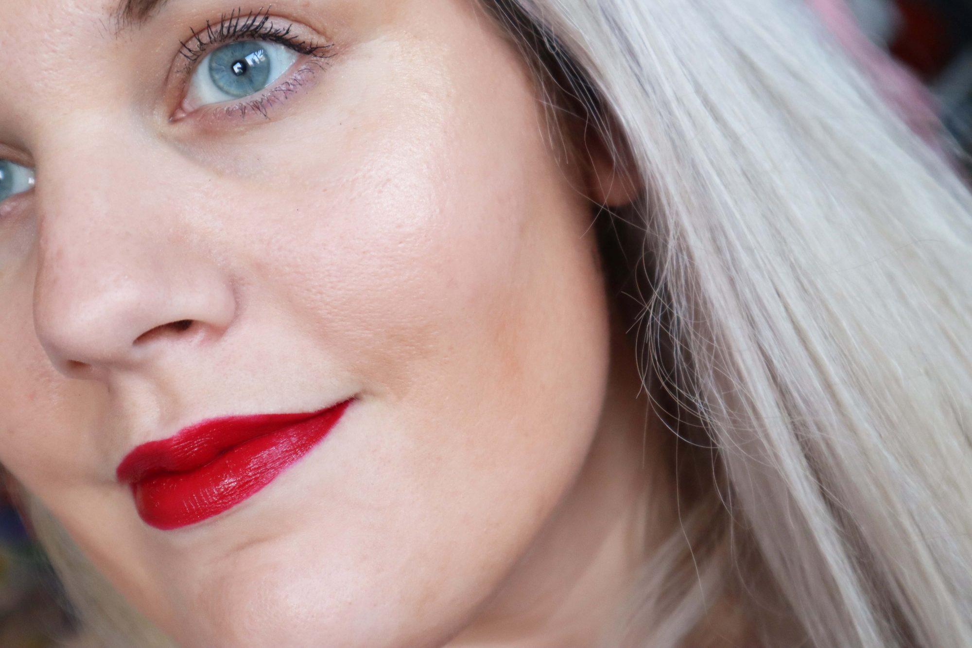 Germaine de Capuccini Show make-up AW19/20