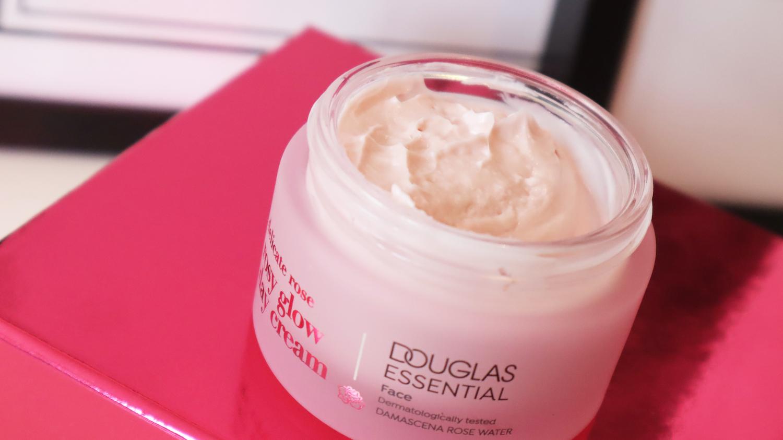 Douglas Essentials
