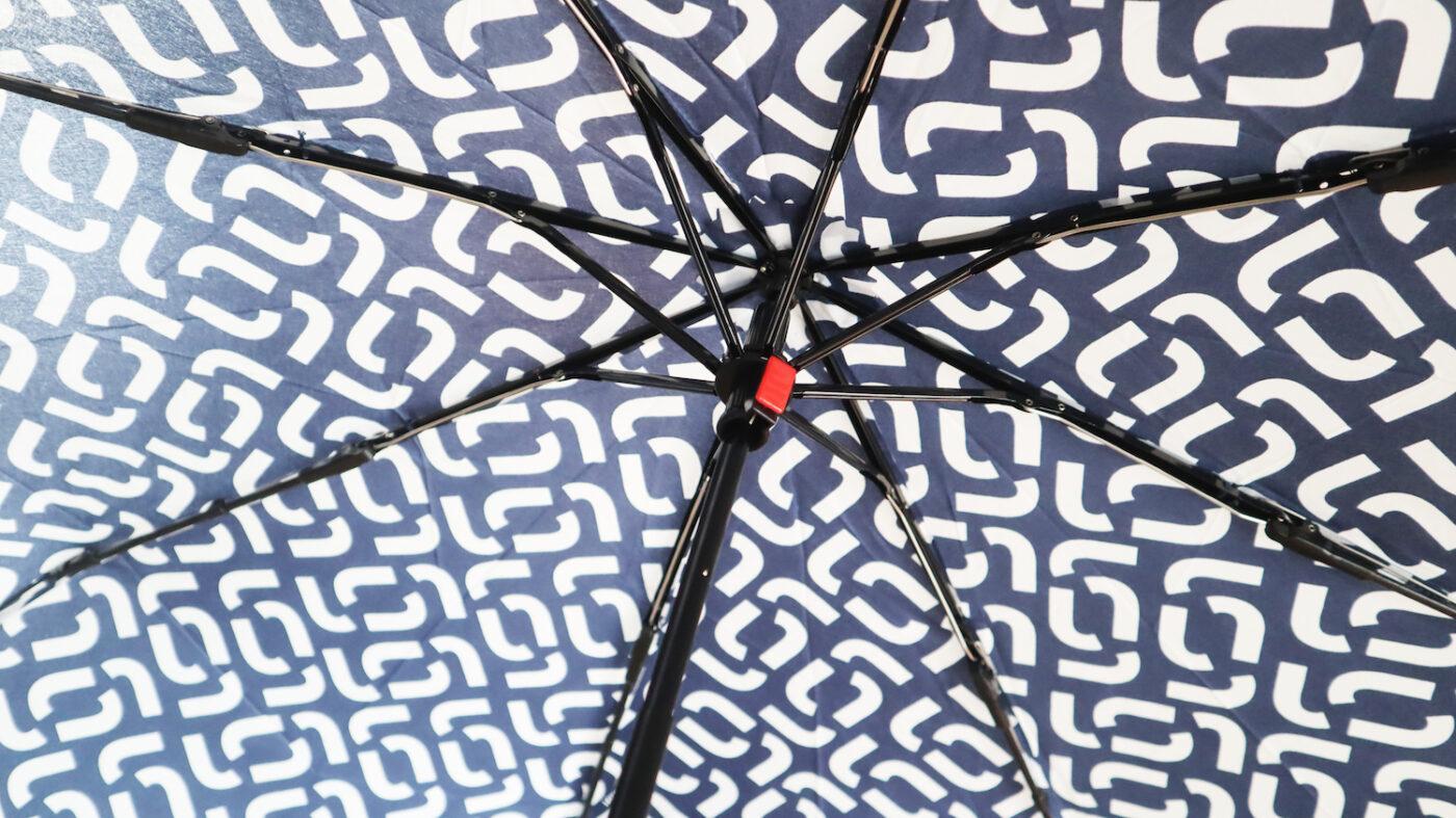 Trotseer de herfst met de Reisenthel Knirps paraplu!